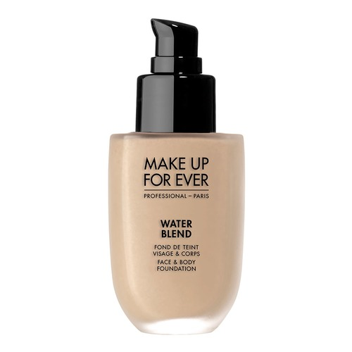 Closeup   mufe waterblendfoundation y245