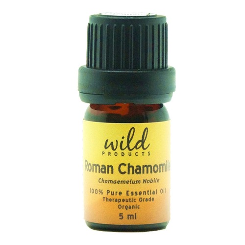 Closeup   chamomile roman 900x1170 web