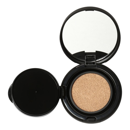 Closeup   tinted moisture cushion cc 1