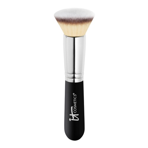 Closeup   19408 itcosmetics web