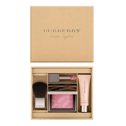 Closeup   4014169 burberry anniversary beauty box web