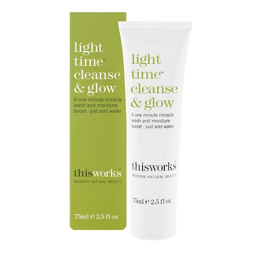 Closeup    0002 light 20time 20cleanse 20and 20glow 20pack 20shot