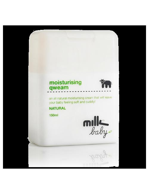Closeup 8021ae5848ef61af3a02697368809a49a3b30990 milk moisturising qweam
